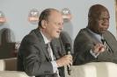 Essimi Menye, ministre de l'Agriculture du Cameroun, et Jean-Claude Gandur, président du groupe AOG, au 9ème forum EMA Invest à Genève, le 3 octobre 2013